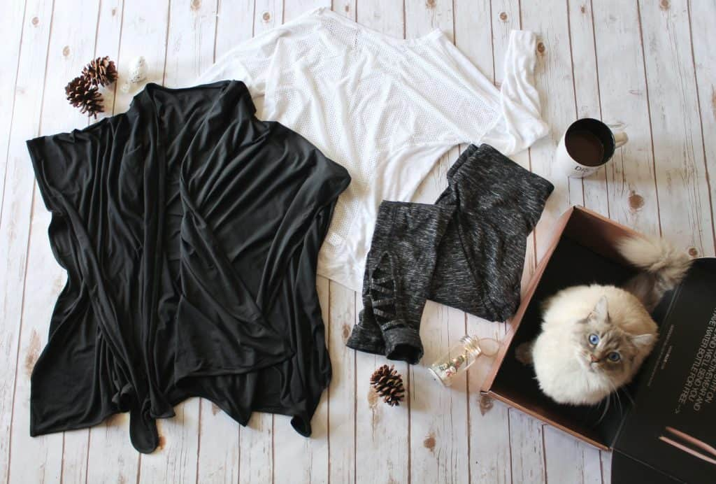 Get Comfy with Ellie Activewear + A Guilt Free Dessert!