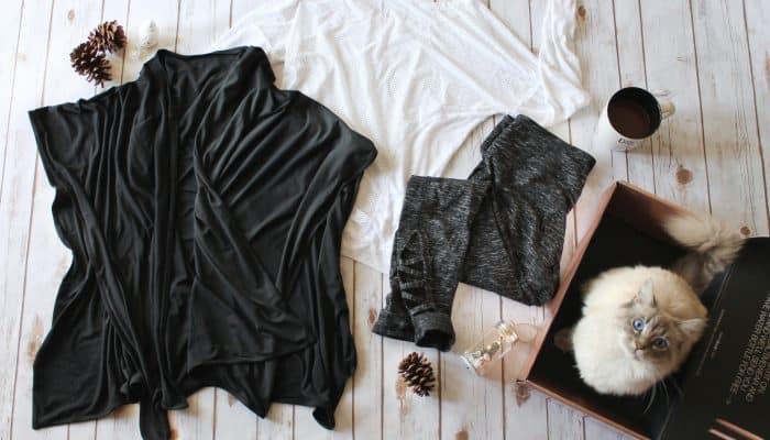 Get Comfy with Ellie Activewear + A Guilt Free Dessert!