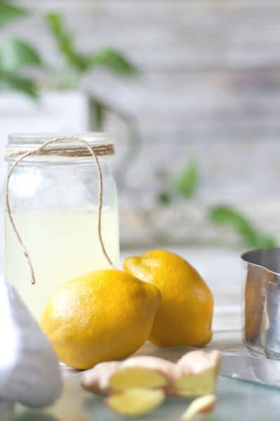 lemon ginger detox drink,