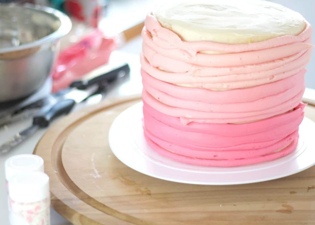 Valentines cake ombre tutorial