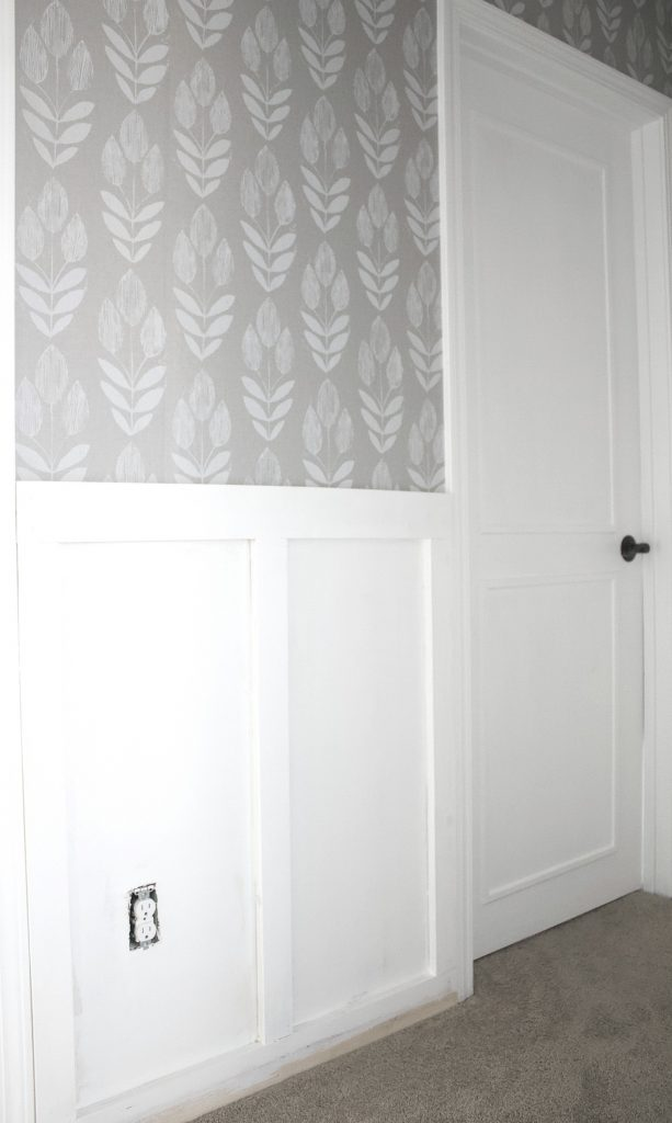 faux wainscoting and my favorite wallpaper.
