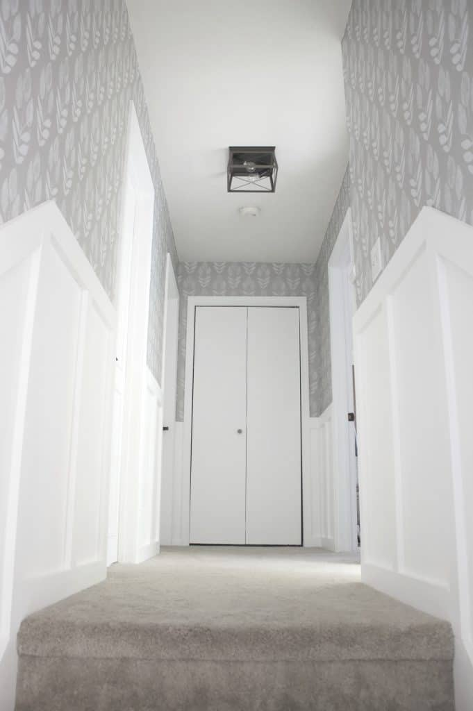 Faux Wainscoting tutorial: Wainscoting look without the cost