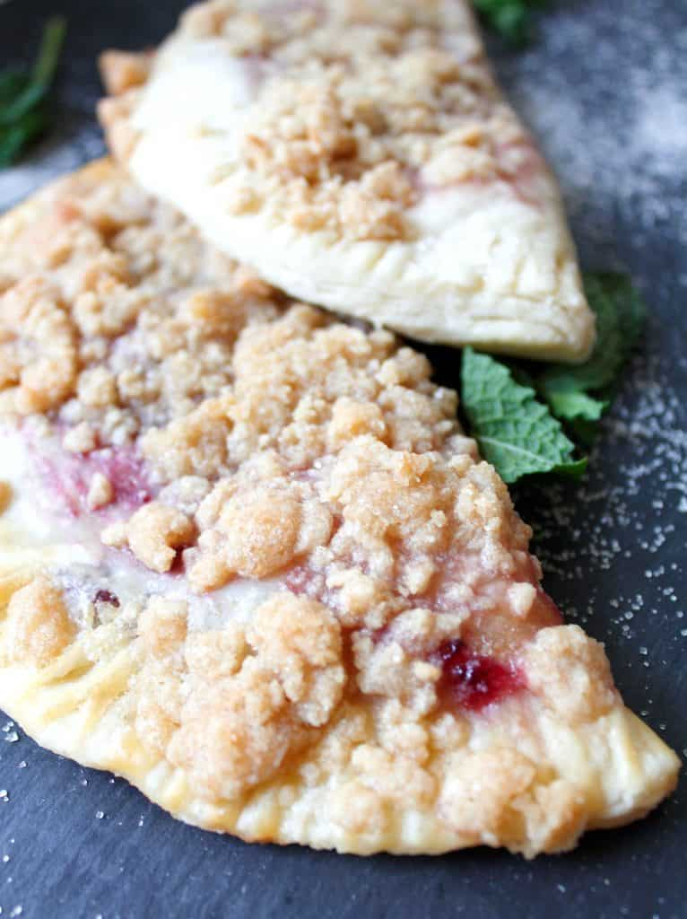 Cherry hand pie recipe. So easy! Make these with your fresh cherry haul!