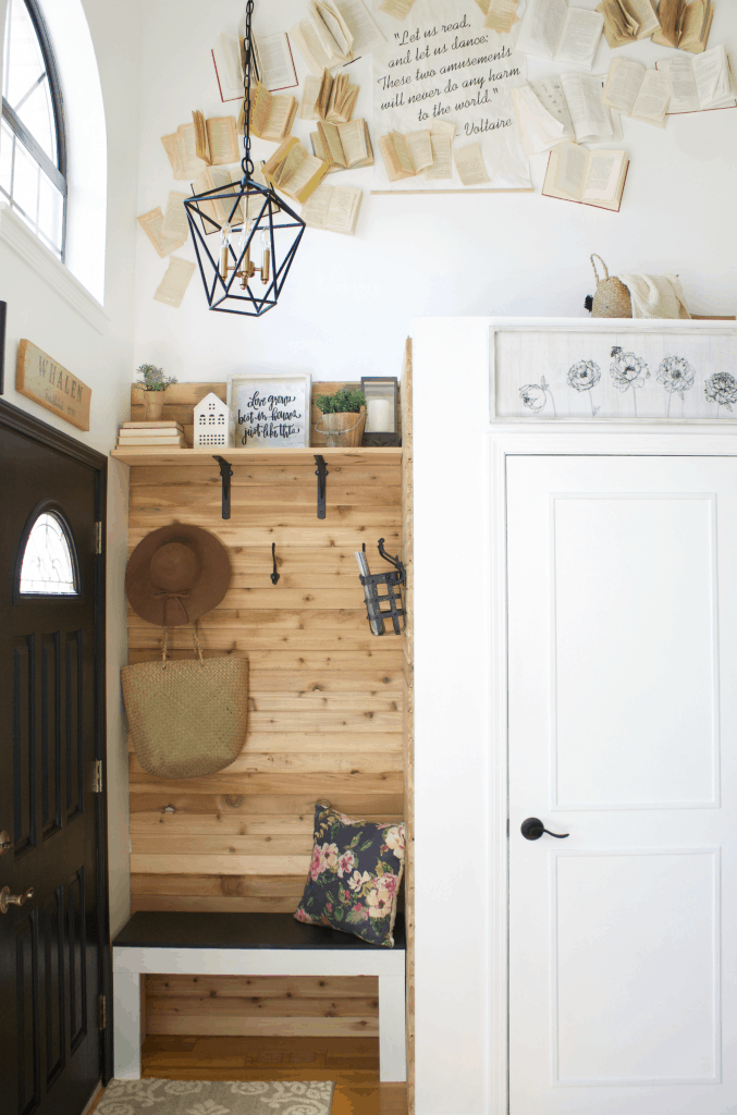 3 Tips to Finding the Perfect Entryway Chandelier for your home in. #chandelier #entrywaychandelier