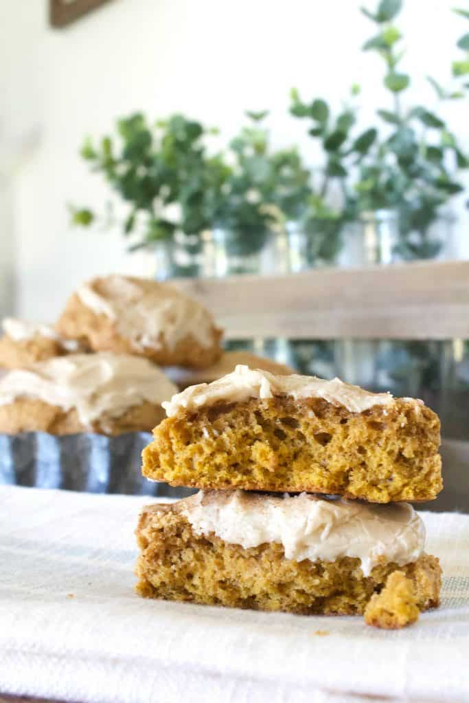 Soft pumpkin cookies that have the perfect texture, topped with penuche frosting. #pumpkincookie #softpumpkincookies