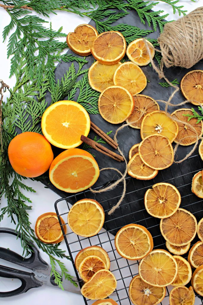 Orange Garland And Ornament Tutorial How To Dry And Hang The Oranges