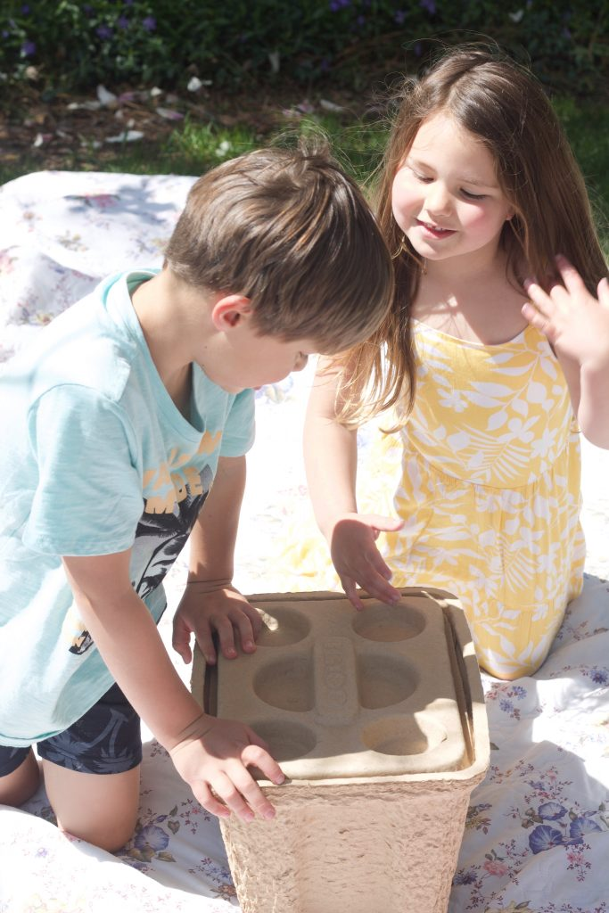 Learn about the new IGLOO RECOOL cooler made out of 100% recyclable material. Great for all summertime activities!