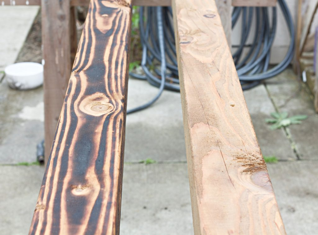 How-to Shou Sugi Ban. A century old Japanese technique to seal wood. Also giving it a beautiful, unique look. It's said that burning the wood can preserve it for 80 – 100 years. #ShouSugiBan #woodburning