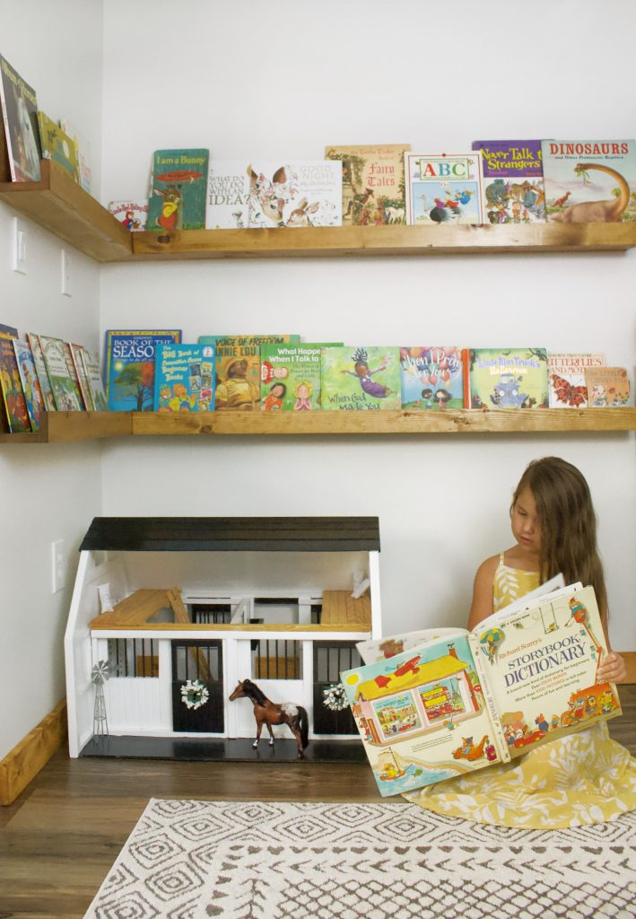 Easy to make childrens book shelves. These simple plans will have books displayed beautifully, encouraging kids to grab a book more often!