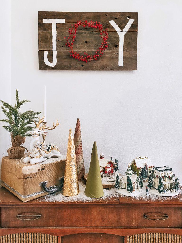 Easy Paper Christmas Tree Cones DIY