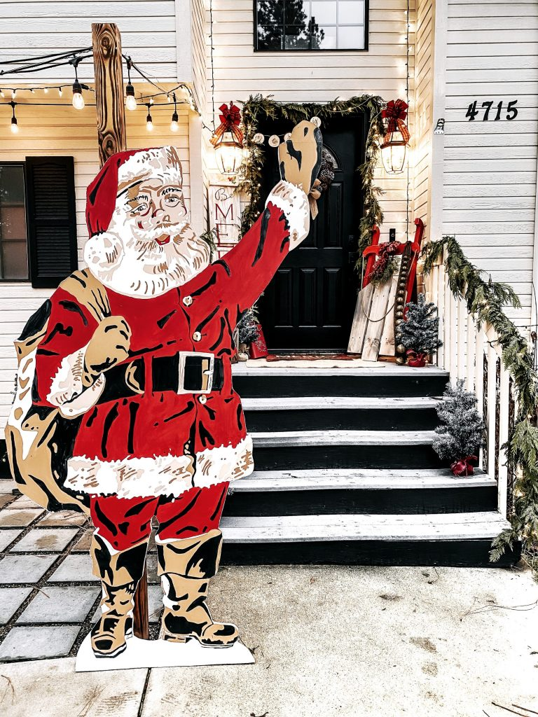 Paint Santa with this larger than life, 7 foot paint by numbers cutout. Santa will be your favorite vintage looking decor for years to come.
