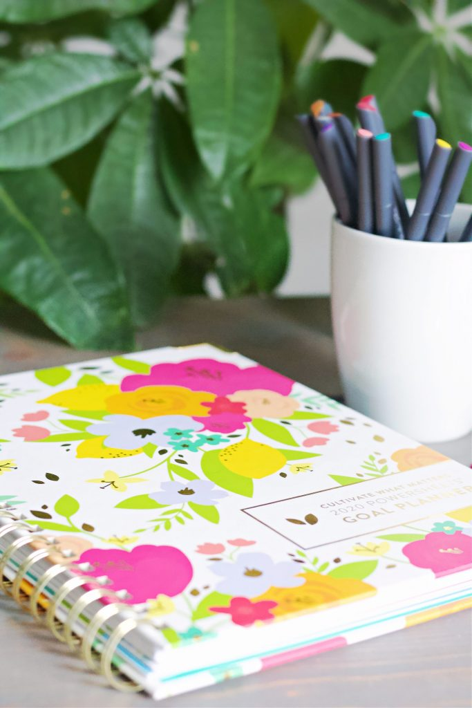 Planning for the new year has never been easier! Shop my favorites, as well as get my top tips to utilize your planner to it's fullest potential, including color coding and how tabs can save you so much time! #yearlyplanning #planningtips