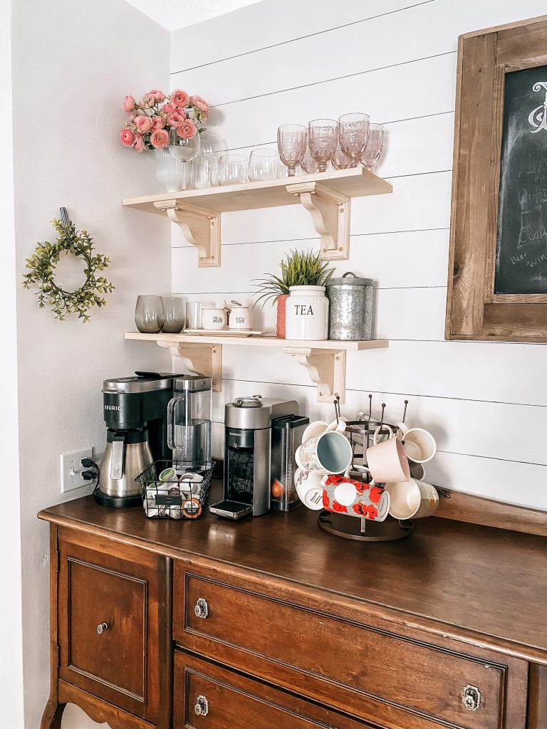 Not sure you want to shell out the money for shiplap? This faux shiplap is beautiful, quick to do, and all you need is one thing: a sharpie!