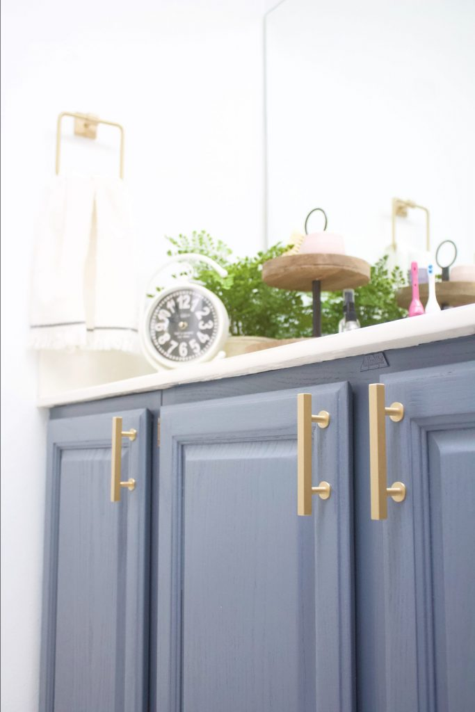 Brass hardware is the newest trend that's set to last years and years. The brushed finish gives it a soft, luxurious look and feel, that goes with all types of home style and decor. #bathroomremodel #brasshardware #bathroomdecor #bathroomideas